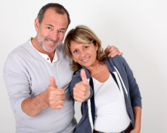 couple giving a thumbs up